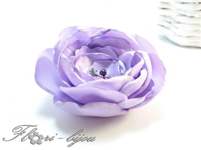 Брошка Цвят лилав